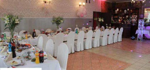 UNADJUSTEDNONRAW thumb 44ad 520x245 - Zorganizuj małe przyjęcie weselne w Retro.