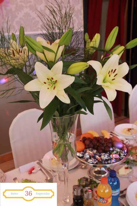 UNADJUSTEDNONRAW thumb 44b0 - Zorganizuj małe przyjęcie weselne w Retro.